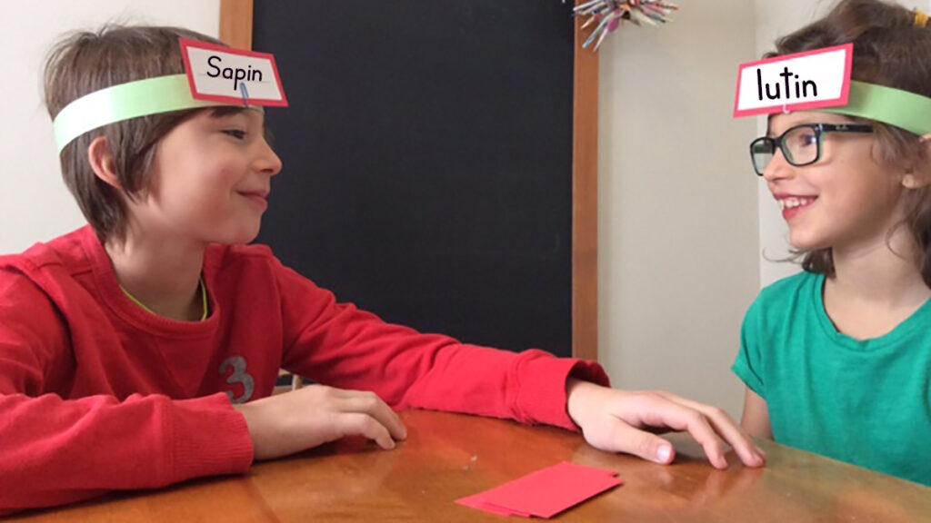 Jeu qui-suis-je de Noël pratiquer mots graphomotricité